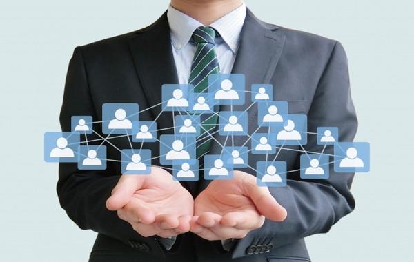 業務請負・求人・中古品売買など、物品やサービスを必要とする事業者や個人と、その提供者とを仲介するサイトを作成できます。